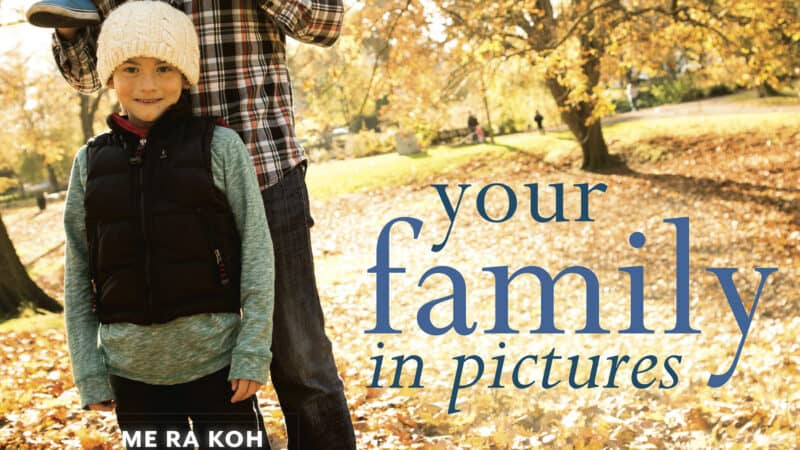 Your Family in Pictures by Me Ra Koh