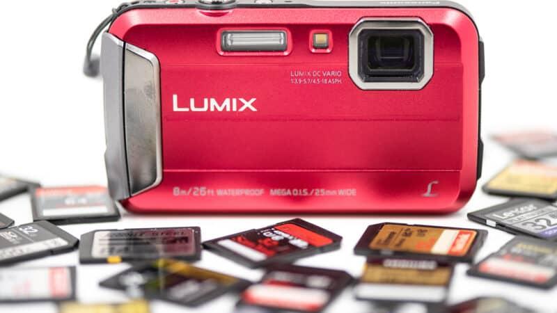 Panasonic Lumix DMC-TS30 Memory Cards