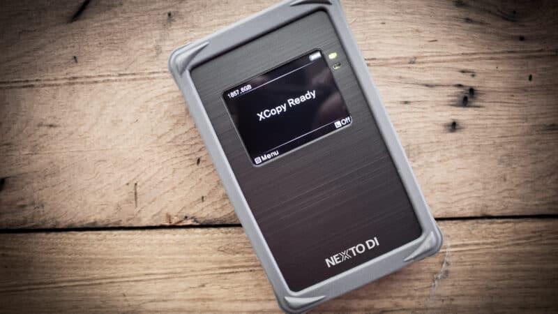 Nexto DI NPS-10 Portable Memory Card Backup and Storage